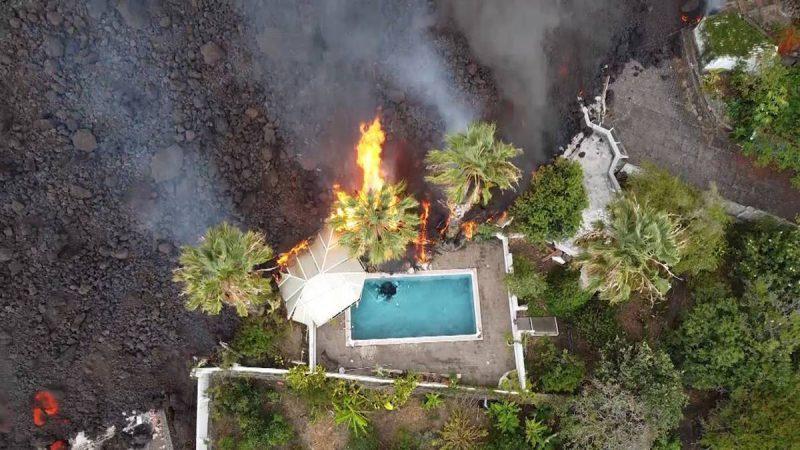 Wulkan Kanaryjski: Setki turystów ewakuowanych promem na Teneryfę