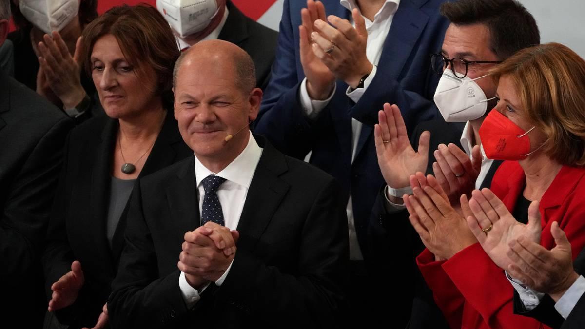 Wybory w Niemczech: socjaldemokraci o włos pokonali blok Merkel