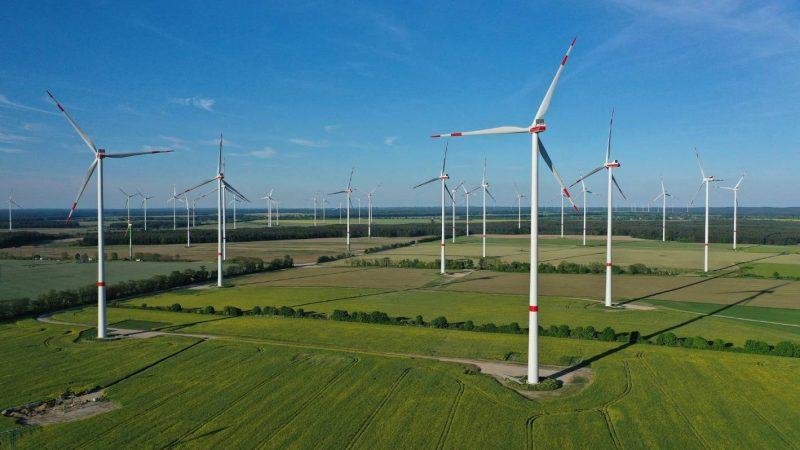 Wyjaśnienie klimatu: Ile energii na świecie pochodzi z paliw kopalnych i czy możemy ją zastąpić odnawialnymi?